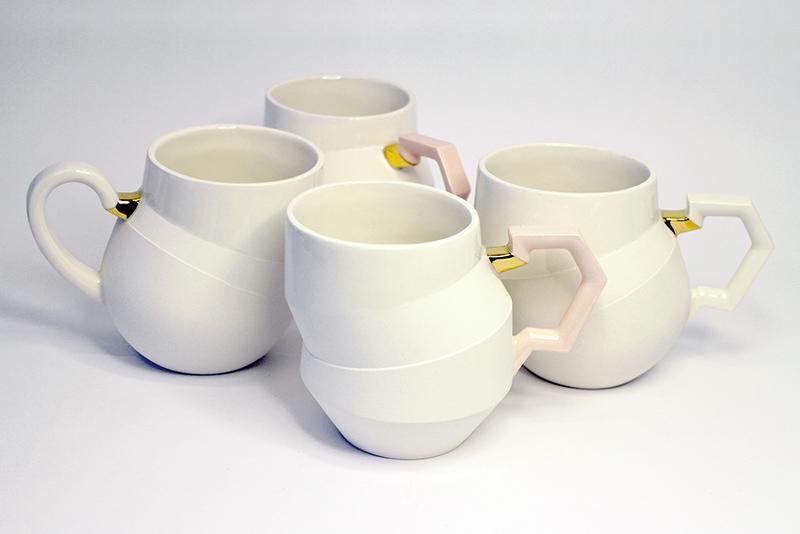 Tengelyen túl csészék   részben mázas és matt felületű porcelán